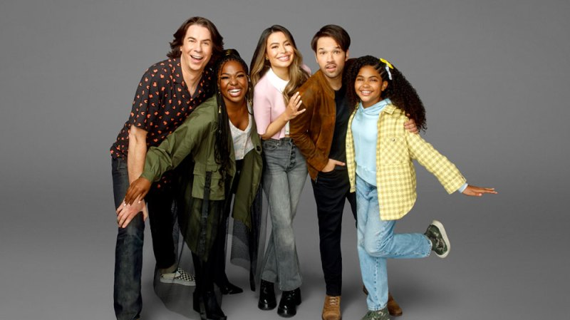 Is the 'iCarly' Reboot Getting a Season 2? What We Know So Far