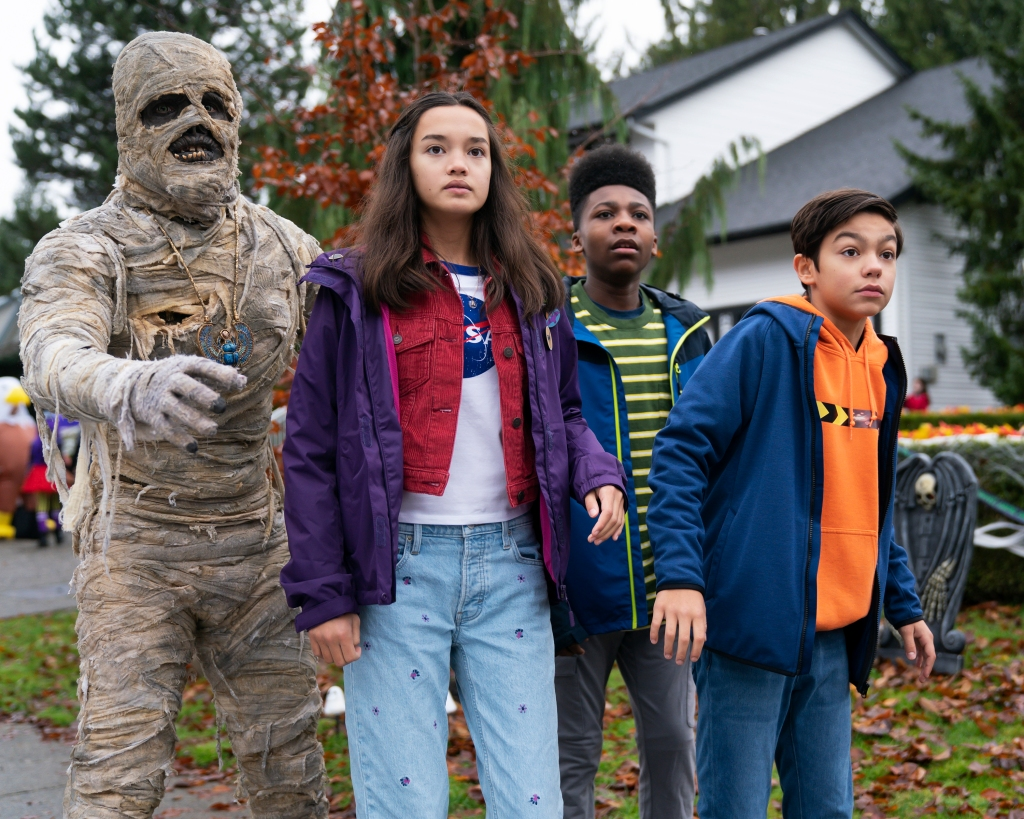 The 'Under Wraps' Cast Gushes Over the 'Honor' of Remaking Disney Channel's 1st Original Movie